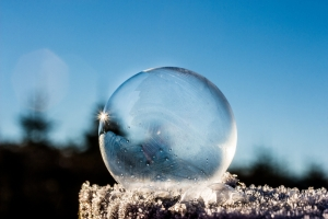 frozen-bubble-1943224_1920