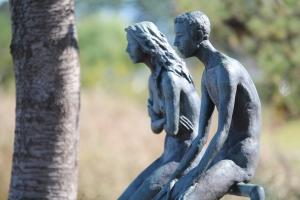 statue-1321383_1920